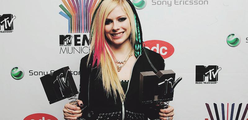 INDICAÇÃO PARA O MTV AWARDS ITÁLIA 2015