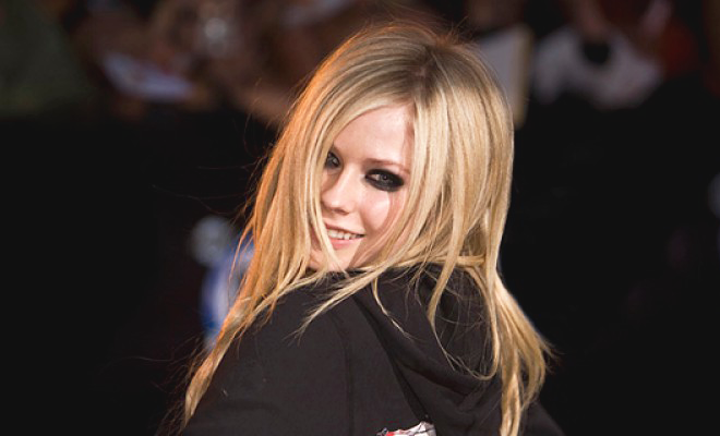 BMG confirma novo álbum de Avril Lavigne para o final do ano!