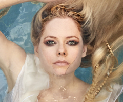 Head Above Water: confira letra e tradução do novo single!
