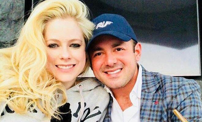 Site afirma que Avril Lavigne e Phillip Sarofim não estão mais juntos