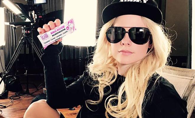 Avril será a garota propaganda dos produtos Slim Secrets na China
