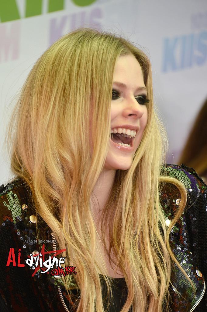 Avril Lavigne @ WT HQ 02