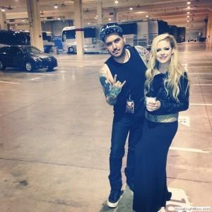 Avril Lavigne e Gabriel Panduro (maquiador)