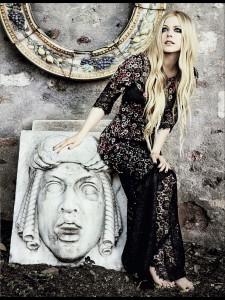 EXPOSTAS.com_AvrilLavigne_GlamourMagazineItaly_September2013___8_ (7)