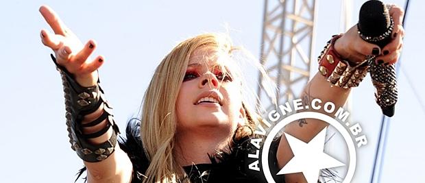 FOTOS E VÍDEOS: AVRIL LAVIGNE @ iHEARTRADIO MUSIC FESTIVAL