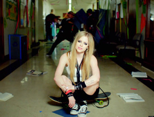 o-AVRIL-LAVIGNE-HERES-TO-NEVER-GROWING-UP-facebook