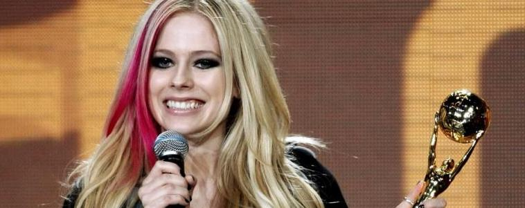 O WORLD MUSIC AWARDS 2014 É HOJE! AJUDE E VOTE NA AVRIL LAVIGNE